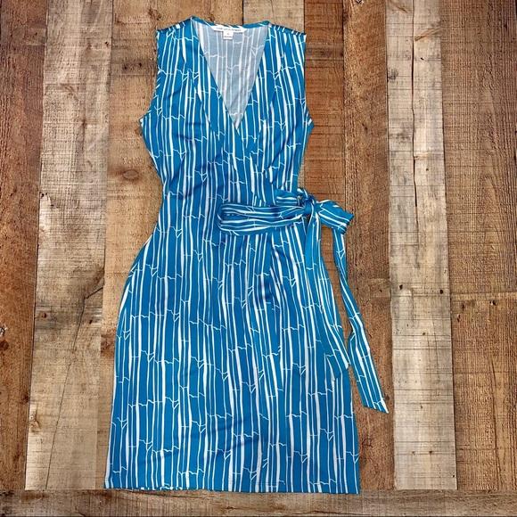 Diane Von Furstenberg Dresses & Skirts - Diane Von Furstenberg | Yahzi Short Wrap Dress